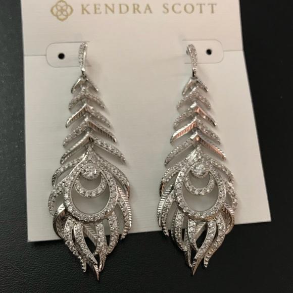 a7509f436 Kendra Scott Jewelry - Kendra Scott Elettra drop earrings silver